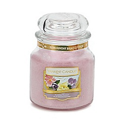 Yankee Candle - Medium Floral Candy Scented Candle