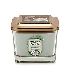 Yankee Candle - Medium Shore Breeze Scented Candle