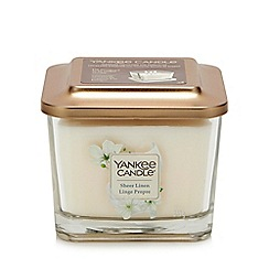 Yankee Candle - Medium Sheer Linen Scented Candle