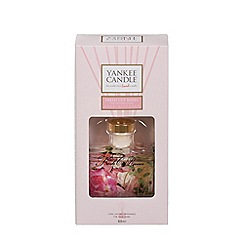 Yankee Candle - Fresh cut rose Signature Reed Diffuser