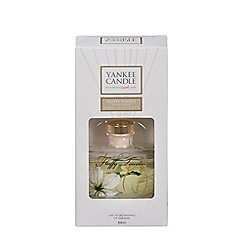 Yankee Candle - Fluffy towels Signature Reed Diffuser