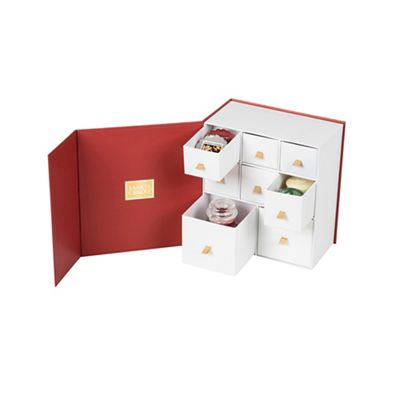 yankee candle limited edition discovery christmas scented candles gift set debenhams