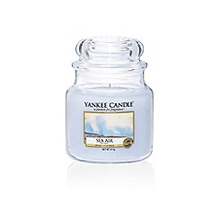 Yankee Candle - Medium classic 'Sea Air' scented jar candle