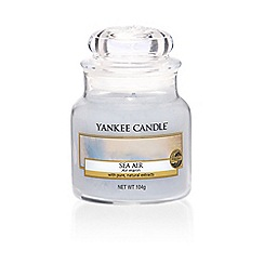 Yankee Candle - Small classic 'Sea Air' scented jar candle