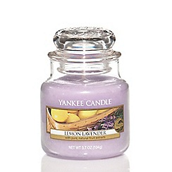 Yankee Candle - Small classic 'Lemon Lavender' scented jar candle