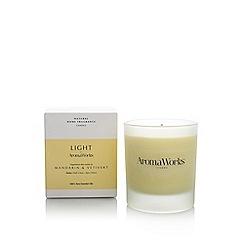 Aromaworks - Mandarin and vertivert candle
