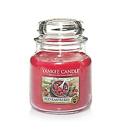 Yankee Candle - Medium 'Red Raspberry' scented jar candle