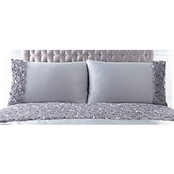 Star by Julien Macdonald - Margot standard pillowcase pair