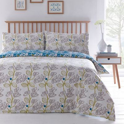 reverses htm a shabby sea queen beach flowers bed on very white item beautiful bedding glass green to mint chic cottage catalog soft this paisley