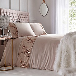 Star by Julien Macdonald - Gold 'Amore' Bedding Set