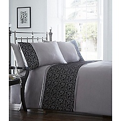 Home Collection - Grey 'Sadie' bedding set