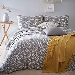 Home Collection - Grey 'Jen's Jacquard' Bedding Set