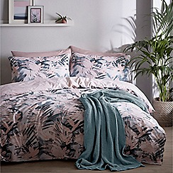 Home Collection Basics - Multicoloured 'Hanako' bedding set