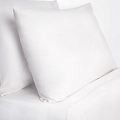 Home Collection Basics - White polycotton pillow case pair