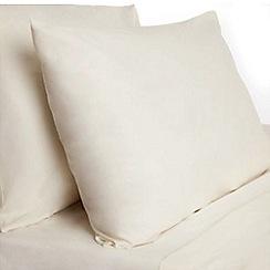 Home Collection Basics - Cream polycotton pillow case pair