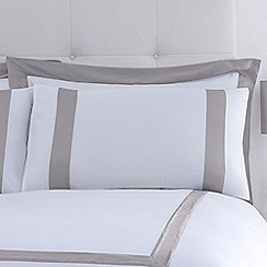 J by Jasper Conran - Cream 'Savoy' Oxford pillow case pair