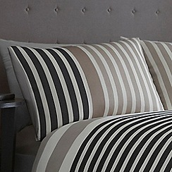 J by Jasper Conran - Cream 'Pimlico' pillow case pair
