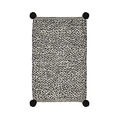 Home Collection - Black 'Hygge' textured bath mat
