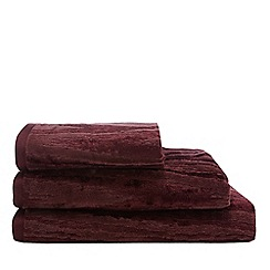 Star by Julien Macdonald - Wine Red 'Moire' Chevron Towels