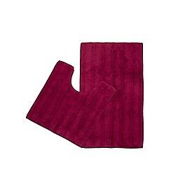Home Collection - Dark pink pedestal and bath mat set