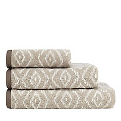 Home Collection - Natural geometric print towel