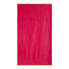 Home Collection - Pink Beach Towel