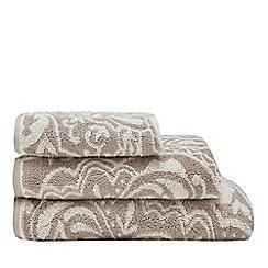 Christy - Natural Lombok damask towels