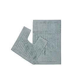 Christy - Aqua pedestal and bath mat set
