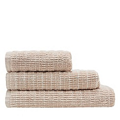 Home Collection - Pink 'Malmo' towel