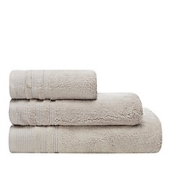 Christy - Light grey 'Purity' towel