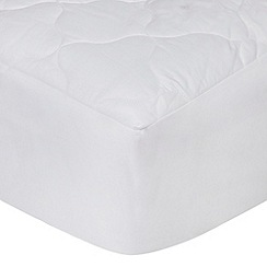 Home Collection - Hollowfibre luxury quilted mattress protector