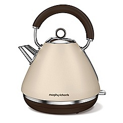 Morphy Richards - Sand special edition 'Retro Accents' traditional kettle 102101