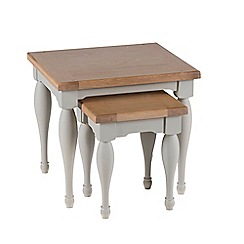 Willis & Gambier - Oak and painted 'Worcester' nest of 2 tables