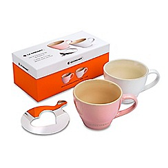 Le Creuset - Set of 2 grand mugs with heart stencil