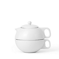 Viva Scandinavia - White 'Jaimi' glazed tea for one set