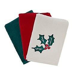 Debenhams - 3 pack assorted Christmas hand towels
