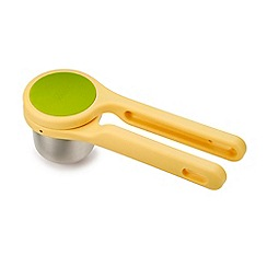 Joseph Joseph - Yellow helix citrus hand press juicer
