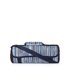 Home Collection - Navy striped picnic rug