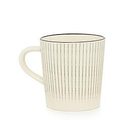 Home Collection - Grey and cream 'Stockholm' stripe print mug