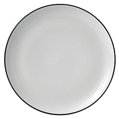 Gordon Ramsay By Royal Doulton - White 'Bread Street' side plate