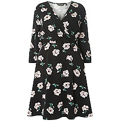 Dorothy Perkins - Dp curve black floral print fit and flare dress