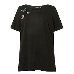 Dorothy Perkins - Curve black butterfly badge t-shirt