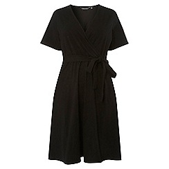 Dorothy Perkins - Curve black short sleeve fit and flare dress