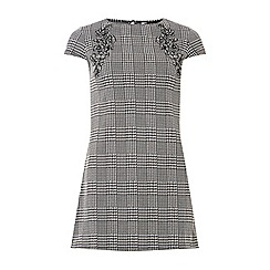 Dorothy Perkins - Monochrome floral embroidered check tunic