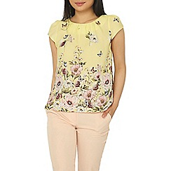Dorothy Perkins - Billie & blossom petite yellow floral print top