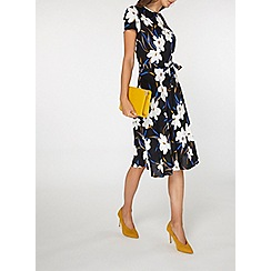 Dorothy Perkins - Billie & blossom tall black floral skater dress