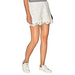 Dorothy Perkins - Ivory lace shorts