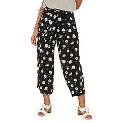Dorothy Perkins - Black daisy printed cropped trousers