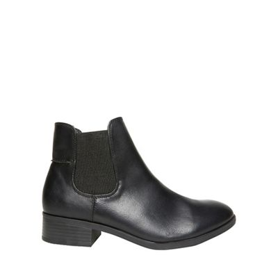 Dorothy Perkins   Black Monty Chelsea Boots by Dorothy Perkins