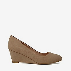 Dorothy Perkins - Taupe dream court shoes